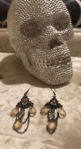 Victorian Style Bronze Tone Chandelier Teardrop Bead Dangle Drop Earrings (1d)