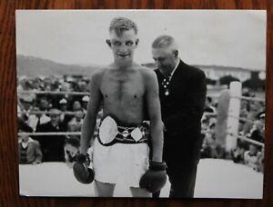 Original Vintage 1953 Boxing Photo: Frank Wilson of New Zealand