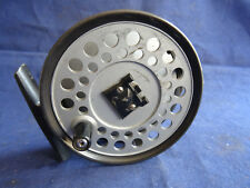 A VERY GOOD VINTAGE HARDY VISCOUNT 130 TROUT FLY REEL WITH CASTLE LOGO SPOOL