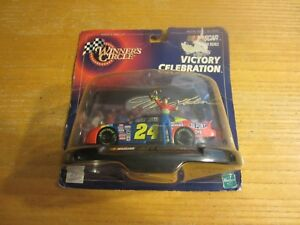 Jeff Gordon 1998 Winner's Circle Victory Celebration 1:43 #24/Charlotte Win NIP