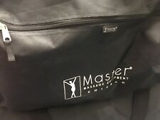Master massage table, chicago with bag and accessories