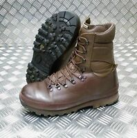 Genuine British Army Alt-Berg Combat Leather Assault / Patrol Combat Boots