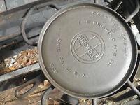 Griswold 8 Cast Iron Handle Griddle Large Logo 608 Level