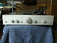 Cambridge Audio A5 Amplificateur intégré. 50/50 Watts conçue et développée en