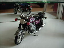Polistil Suzuki GT 750 in Purple on 1:15