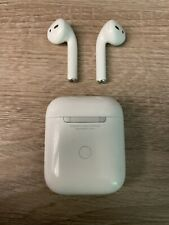 Apple Air Pods 2nd Generation - Wireless Charging Case - Good Condition