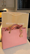 Michael Kors 100% 💝 Pink Grapefruit 💝 CYNTHIA NWT Saffiano Leather Satchel Bag