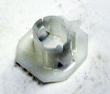 Genuine GM Switch Retainer 10418918