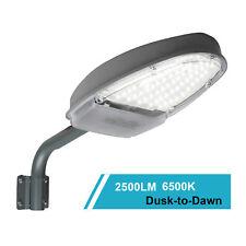 Outdoor LED Street Light Dusk to Dawn Sensor 2500LM Waterproof Security Lighting