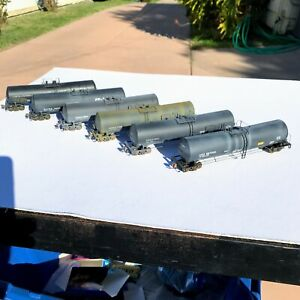 LOT of SIX Custom Weathered HO Scale Walthers 23,000 Gallon Tank Cars USED
