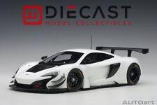 AUTOART 81640 McLAREN 650S GT3 (WHITE/BLACK ACCENTS) 1:18TH SCALE