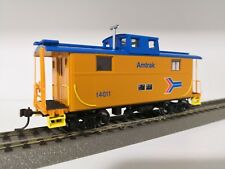 Athearn HO 74268 AMTRAK 14011 Eastern 2-Window Caboose (Furgón de Cola)