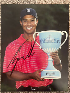 TIGER WOODS SIGNED AUTOGRAPH