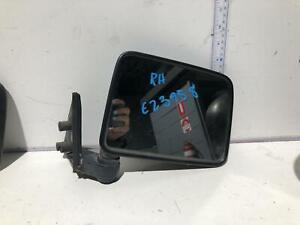 Toyota TARAGO Right Door Mirror YR22 10/85-09/90