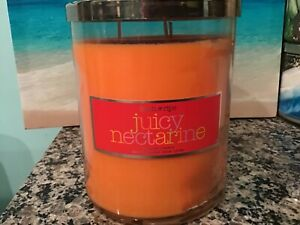 Rare Bath and body works JUICY NECTARINE 22 oz 3 wick candle