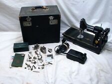 Singer Featherweight Quilting Sewing Machine 1950 221 Portable w/Case