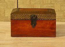 cofanetto in legno indiano e metallo cm 21 x 15 x H 11 etnico