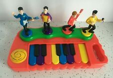 2004 The WIggles Touring Ply Ltd Spin Master Working Musical Piano Keyboard