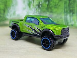 Hot Wheels '17 Ford F-150 Raptor Pickup Diecast Model - Excellent Condition