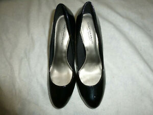 Christian Siriano Women's Black Rounded Toe Pump Heel Shoes 13M