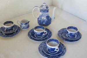 Englisches Kaffeeservice River Scene, Blau, 14-teilig