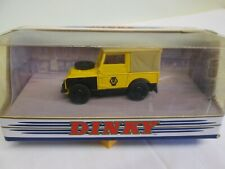 Dinky Toys  DY-9 Land Rover  1949 AA     2
