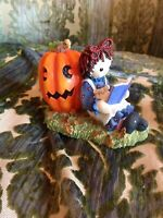 Simon & Schuster Raggedy Ann Andy Get into the Halloween Spirit Enesco Figurine