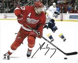 Pavel Datsyuk Detroit Red Wings Autographed 8x10  Photo