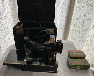 Singer Sewing Machine 221 Featherweight With Attachments & Accessories