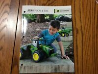RARE New 2019 John Deere Full size Ertl Toy Book 100 Years Of Tractors
