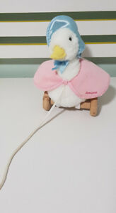 JEMIMA PUDDLEDUCK PULL ALONG TONG WOODEN WHEELS FREDERICK WARNE AND CO 2010