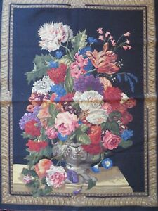 TAPESTRY UPHOLSTERY FABRIC MATERIAL BEAUTIFUL FLORAL DESIGN FLOWERS