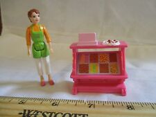Fisher Price Sweet Streets House Candy Shop Counter Lady Worker Toy parts piece