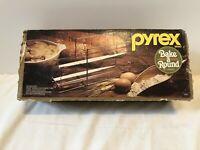 Vintage Pyrex Bake A Round Corning Bread Baking Glass Tube Rack #990 England