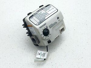 Honeywell Water Heater Gas Control Valve WV8840B1110