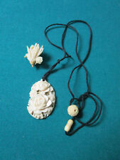 BONE CARVING PENDANT AND BROOCH [*a3]