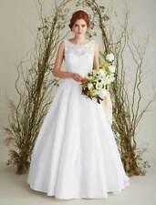 NEW Lea-Ann Belter Sabrina Aline Sleeveless Keyhole Back Lace Wedding Dress 10