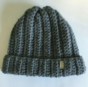 """On A Whim Thick Knit Beanie Hat Cap Ribbed Cuffed Gray 9"""" x 11"""""""