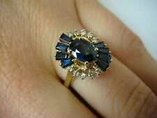 ELEGANT SAPPHIRE AND DIAMONDS BEAUTIFUL COCKTAIL RING 4 GR, SIZE 7.5. 14K GOLD