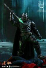 Hot Toys Exclusive Armored Batman Battle Damaged Version  1:6  MMS417 (L)
