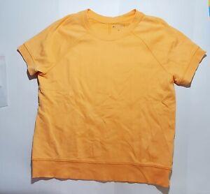 14-124 Athleta Women's  Tee Size M Short Sleeve Shirt Top Orange