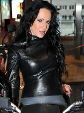 Ledertop cuero top negro manga larga cuello alto, hecha a medida