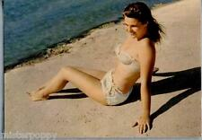 PIN UP Girl Sexy Bikini Beach PC Circa 1960s Real Photo Ragazza in Bikini 19