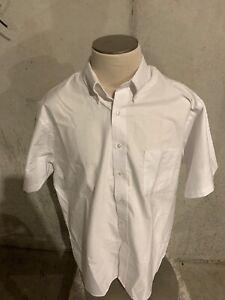 Van Heusen Men's Regular Fit White Short Sleeve Shirt Size XL