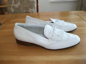 TOP QUALITY MENS YANKO WHITE LEATHER SLIP ON SHOES SIZE 9 UK WIDE FIT VGC