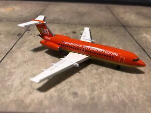 ********* Aeroclassics Braniff Intl BAC 111-203AE, Red/Gold Flying Colors N1548