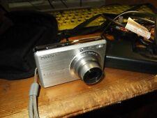 Sony Cyber-shot DSC-S750 7.2MP Digital Camera - Silver