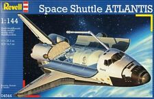 Revell 1:144 - Space Shuttle Atlantis + Free Tube of Glue