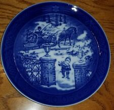"Royal Copenhagen 2003 Christmas Plate ""Seasons Greetings"""