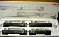 Märklin HO 42750  Set 4 Passengers Cars  of DB, Never used